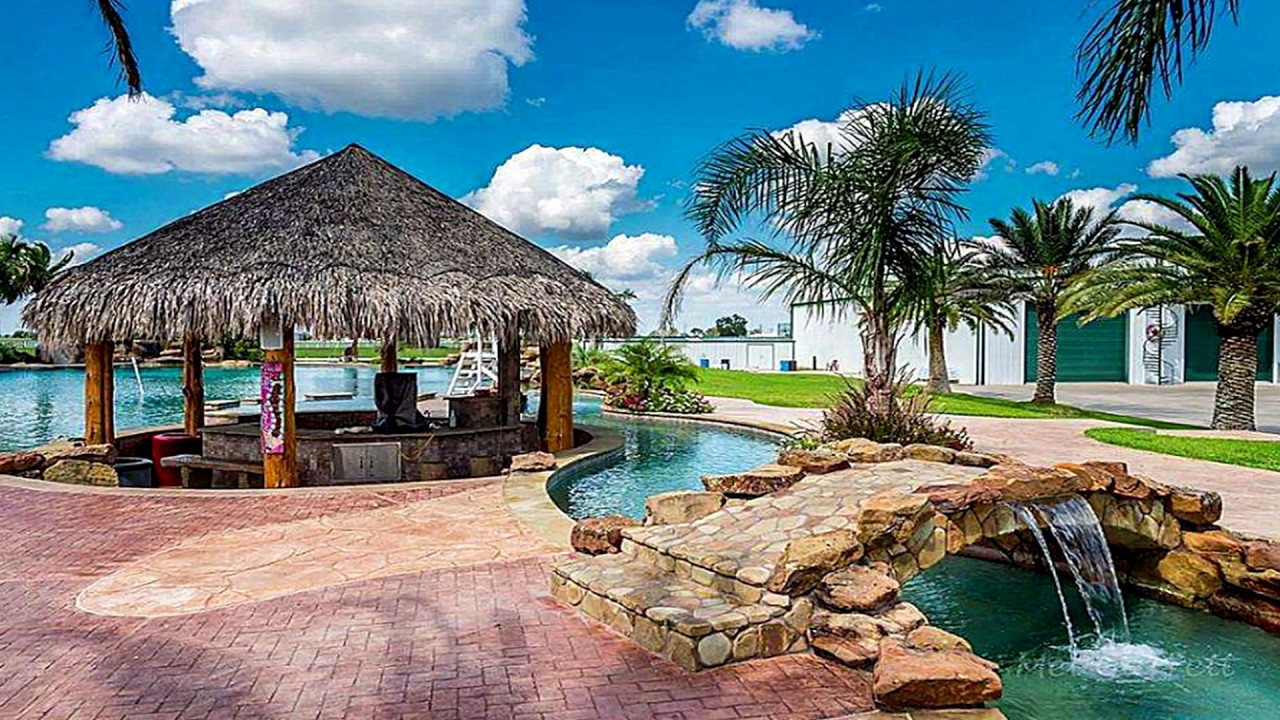Pool Images Backyard  TOP 5 Most EPIC Private Backyard Swimming Pools