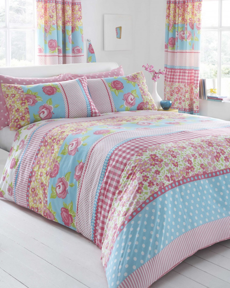 Shabby Chic Bedroom Curtains  Must Have Essentials in Bedroom