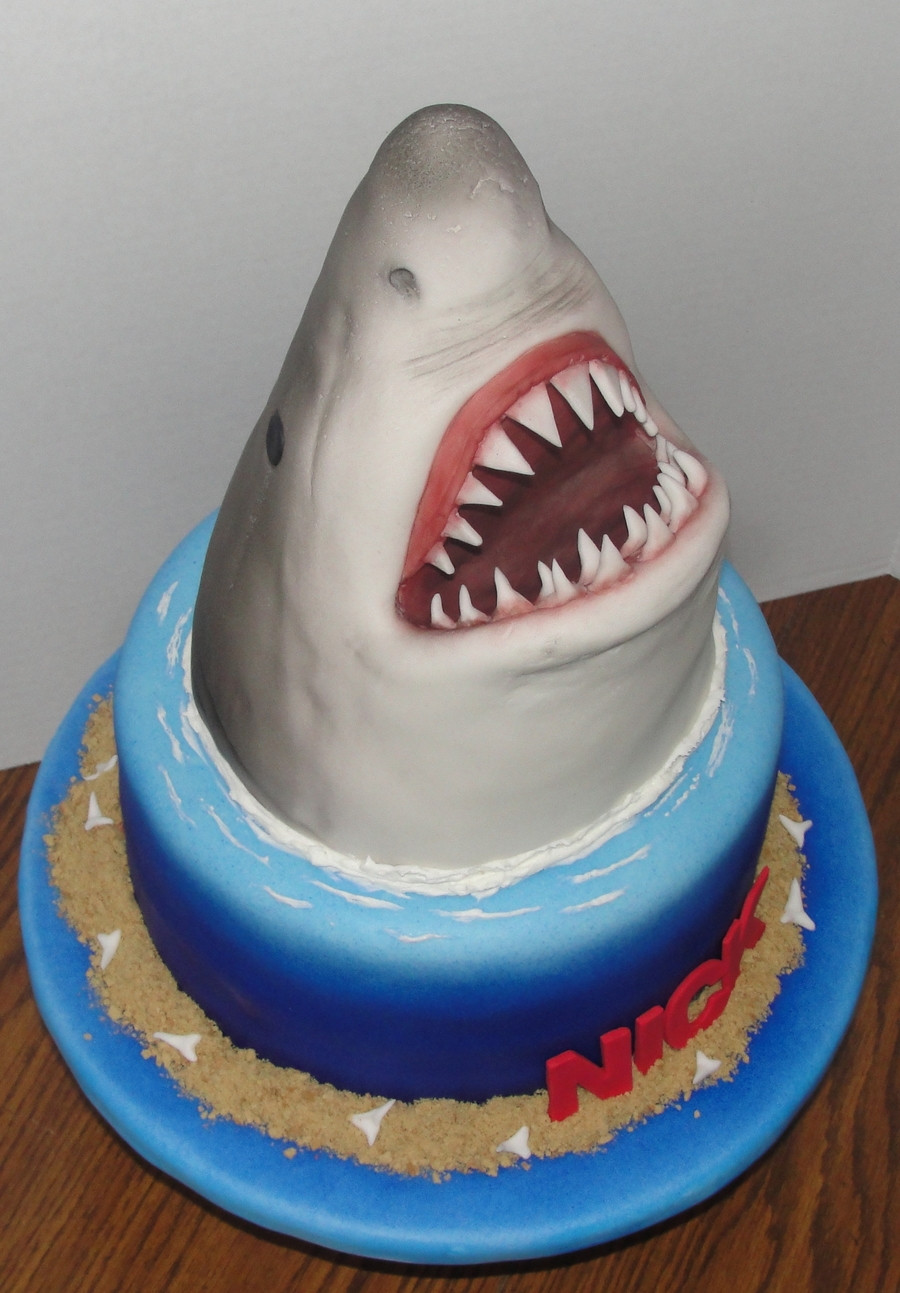 Shark Birthday Cakes  Jaws Birthday Cake CakeCentral