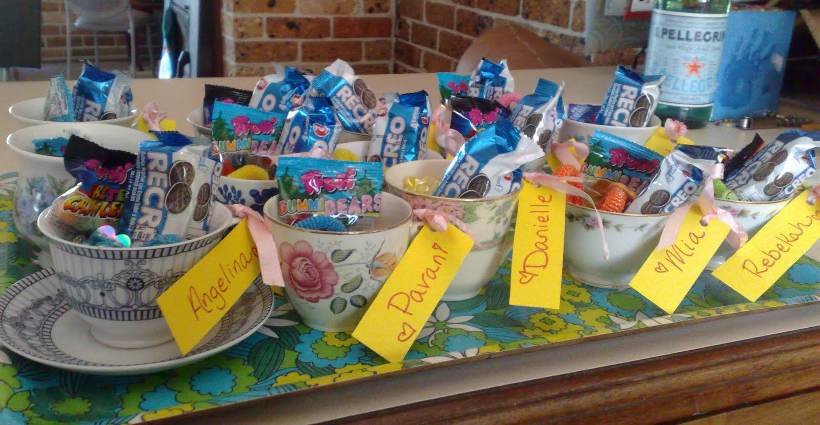 Tea Party Favors For Kids  Put goo bags in tea cups with child s name tag after