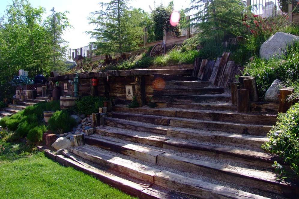 Terrace Landscape With Railroad Ties  railroad tie as steps Steps of Railroad Ties