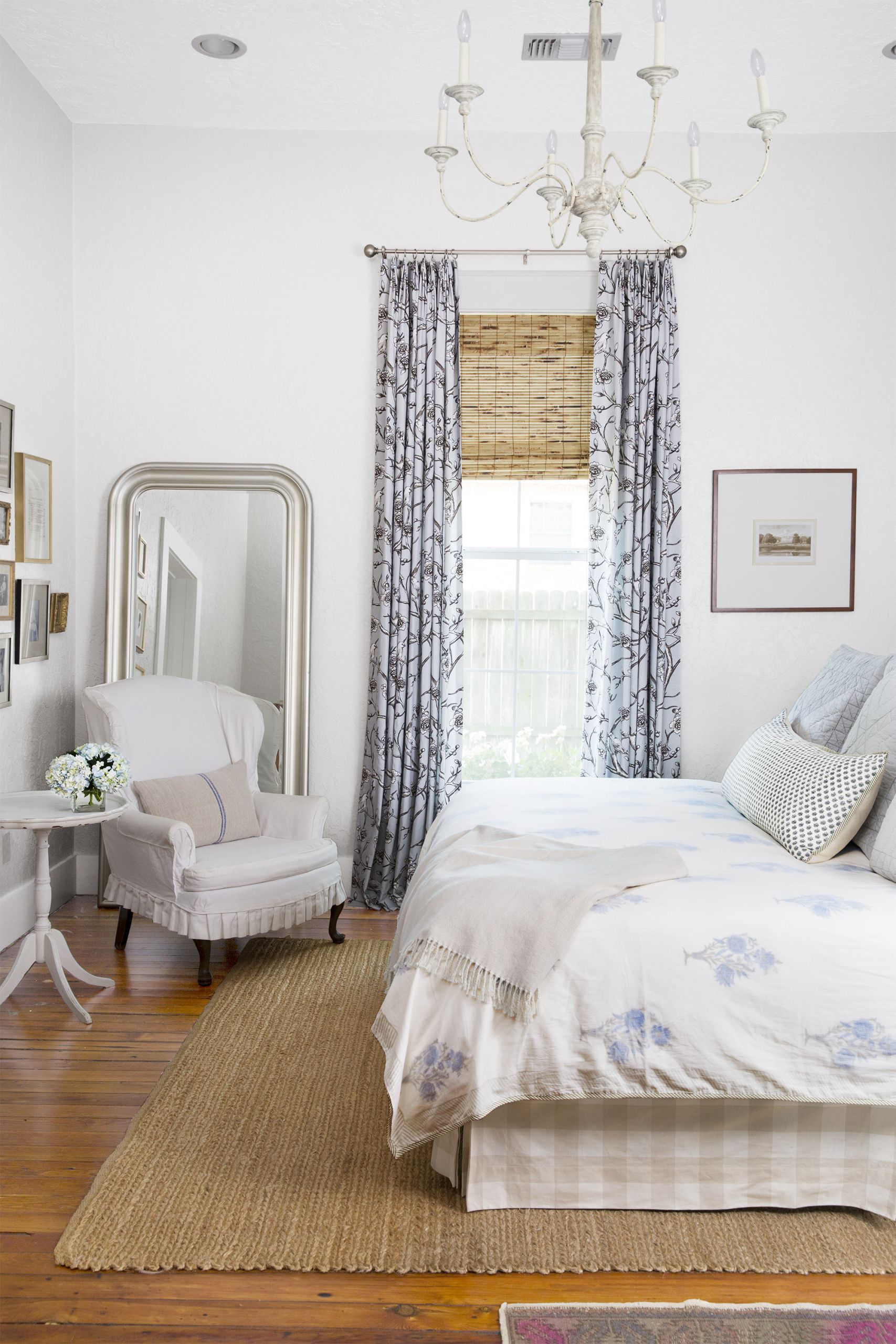 Wall Pictures For Bedroom  28 Best White Bedroom Ideas How to Decorate a White Bedroom