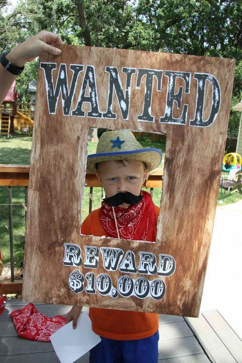Western Theme Kids Party  photo props boards cowboy party
